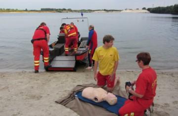 Engagement für den Niederrhein: Kooperation mit DLRG Weeze